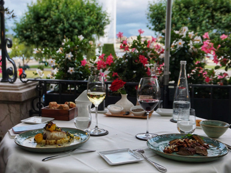 La Terrasse by Dominique Gauthier, le pop-up restaurant décontracté de Beau-Rivage Genève