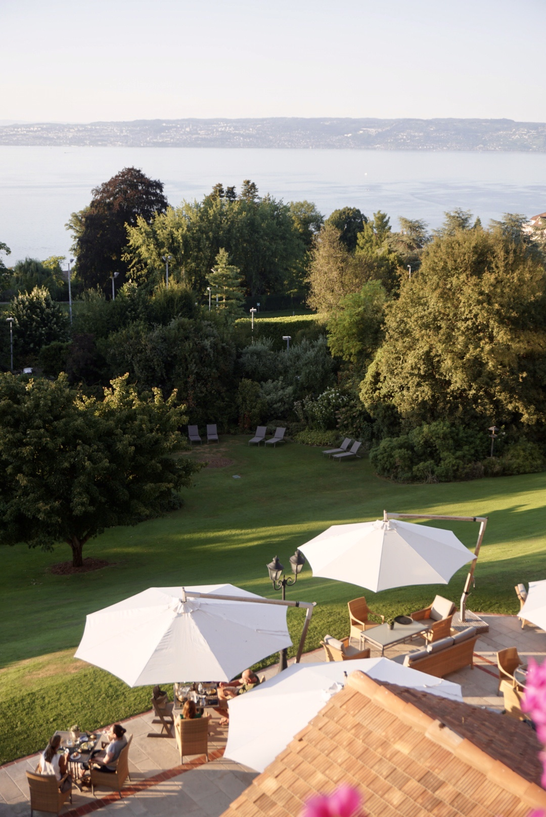 evian resort terrasse